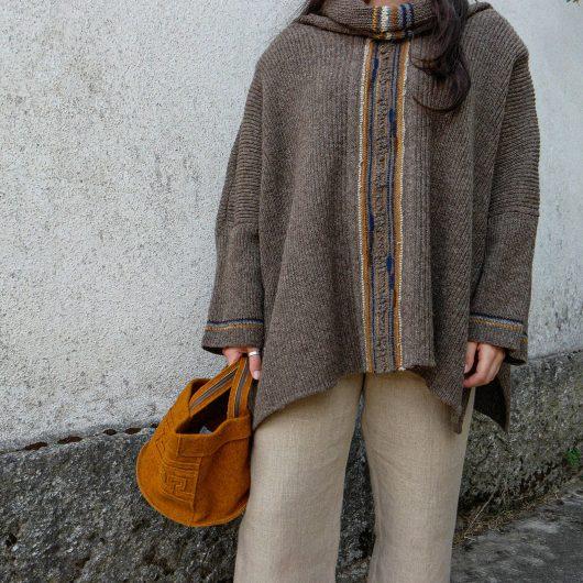 Poncho de lã, Capuchinhas